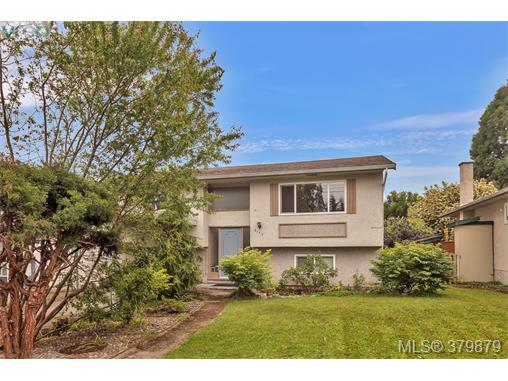 2173 Bradford Ave, Sidney, BC - CAN (photo 1)