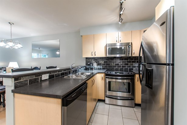 107 20750 Duncan Way, Langley, BC - CAN (photo 5)