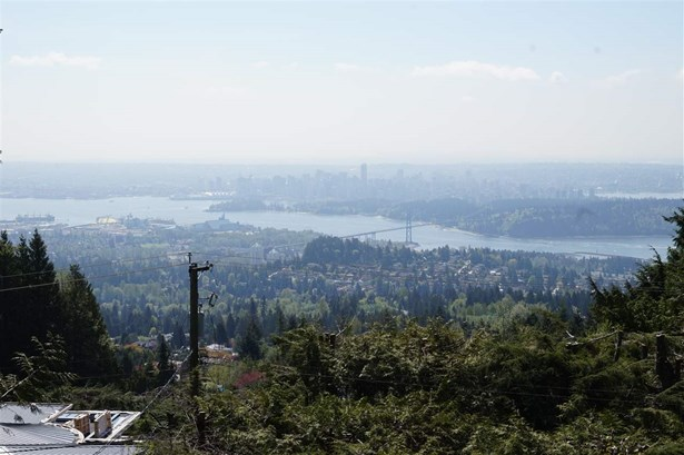1144 Millstream Road, West Vancouver, BC - CAN (photo 2)