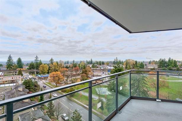 902 4900 Lennox Lane, Burnaby, BC - CAN (photo 5)
