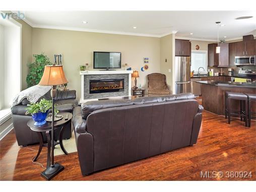 3035 Dornier Rd, Langford, BC - CAN (photo 5)