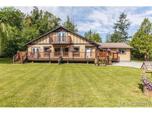 9248 Canora Rd, North Saanich, BC - CAN (photo 2)