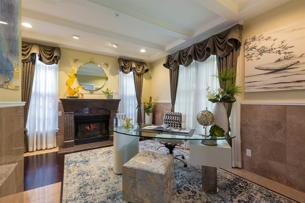 1566 W 26th Avenue, Vancouver, BC - CAN (photo 4)
