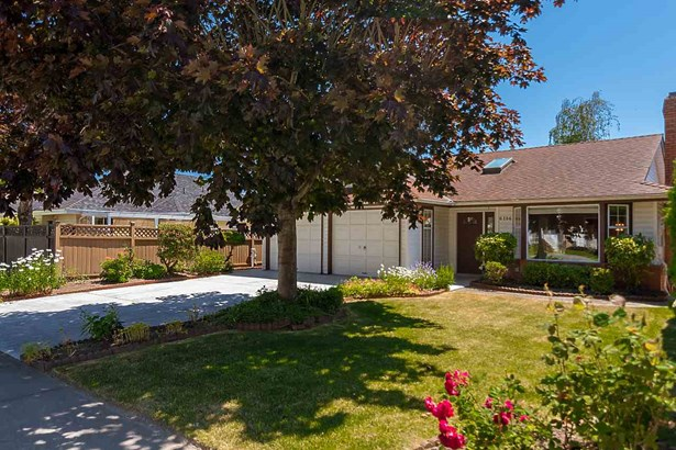 6186 45 Avenue, Ladner, BC - CAN (photo 2)
