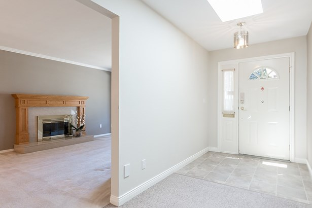 6186 45 Avenue, Ladner, BC - CAN (photo 3)
