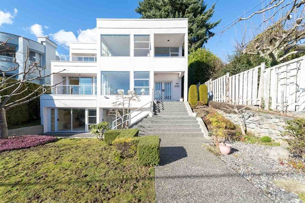 2125 Lawson Avenue, West Vancouver, BC - CAN (photo 2)