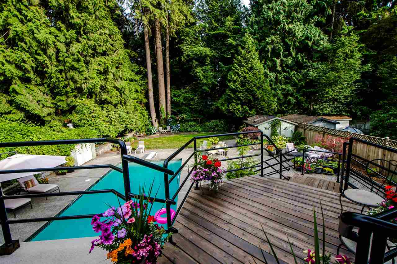 2529 Hyannis Point, North Vancouver, BC - CAN (photo 1)