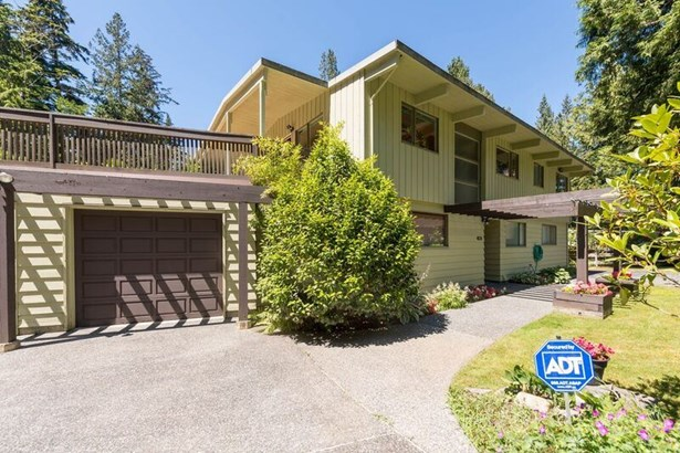 4915 Beacon Lane, West Vancouver, BC - CAN (photo 1)