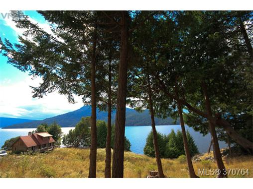 212 Narrows West Rd, Salt Spring Island, BC - CAN (photo 4)