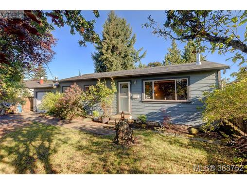 932 Bray Ave, Langford, BC - CAN (photo 1)