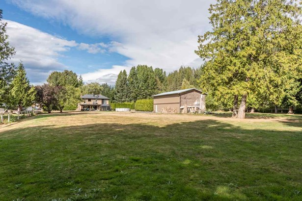 1039 Finch Drive, Squamish, BC - CAN (photo 4)