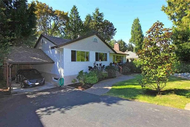 725 Blythwood Drive, North Vancouver, BC - CAN (photo 1)
