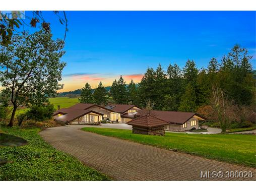 7669 West Saanich Rd, Central Saanich, BC - CAN (photo 1)