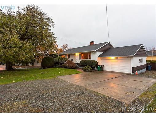 4304 Torquay Dr, Saanich East, BC - CAN (photo 1)