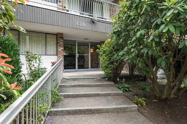 204 1330 Martin Street, White Rock, BC - CAN (photo 2)