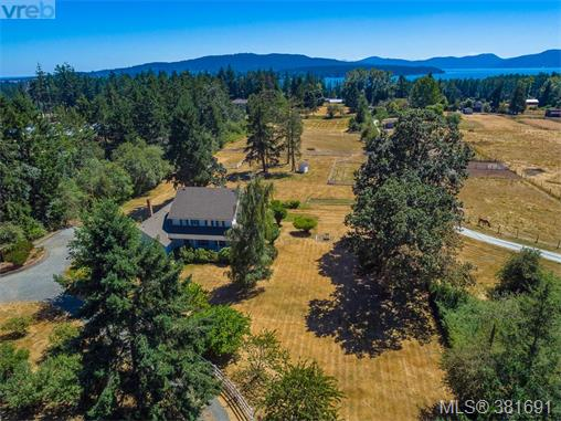 817 Downey Rd, North Saanich, BC - CAN (photo 1)