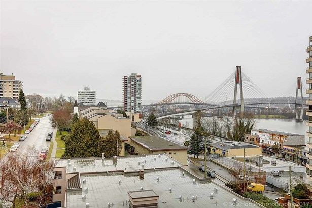 904 410 Carnarvon Street, New Westminster, BC - CAN (photo 2)
