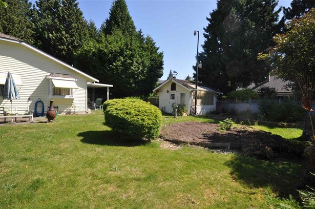 1666 138a Street, Surrey, BC - CAN (photo 2)