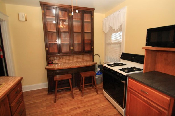 Traditional, Apartment - Cheviot, OH (photo 4)