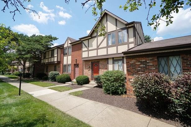 Condominium, Traditional - West Chester, OH