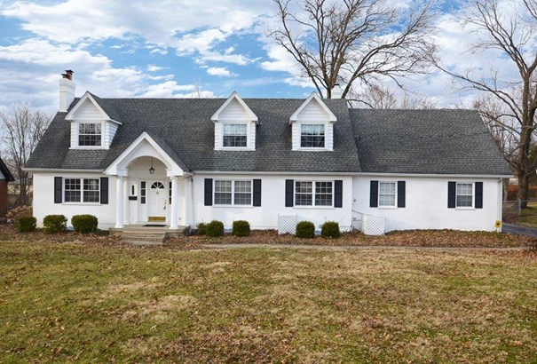 Single Family Residence, Colonial - Springfield Twp., OH