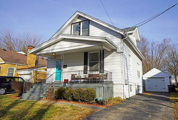 Single Family Residence, Traditional - Silverton, OH
