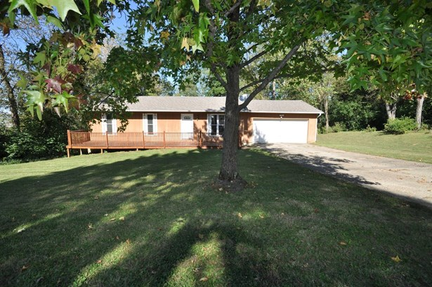 Single Family Residence, Ranch - Evendale, OH (photo 1)