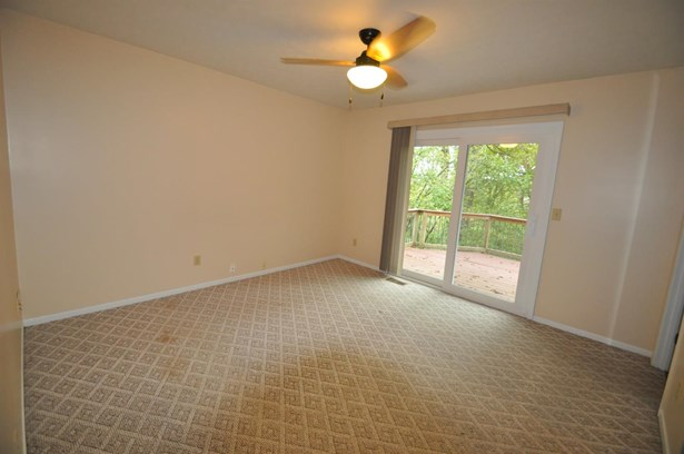 Single Family Residence, Ranch - Evendale, OH (photo 5)
