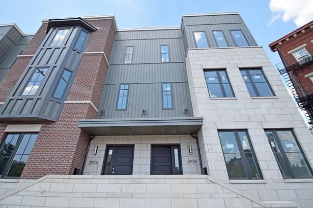 Condominium, Contemporary - Cincinnati, OH (photo 2)