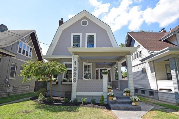 Cape Cod, Single Family Residence - Cincinnati, OH