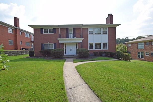 Condominium, Traditional - Cincinnati, OH (photo 1)