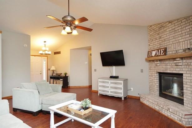 Single Family Residence, Ranch - Corwin, OH (photo 4)