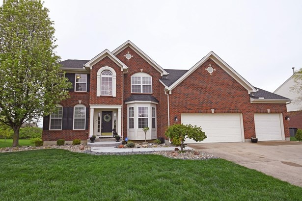 Transitional, Single Family Residence - Liberty Twp, OH