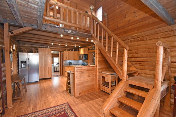 Single Family Residence, Cabin/Rustic,Log - Lynchburg, OH (photo 2)