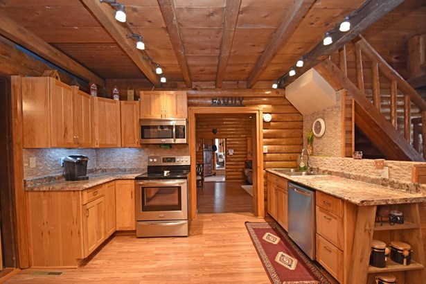 Single Family Residence, Cabin/Rustic,Log - Lynchburg, OH (photo 4)