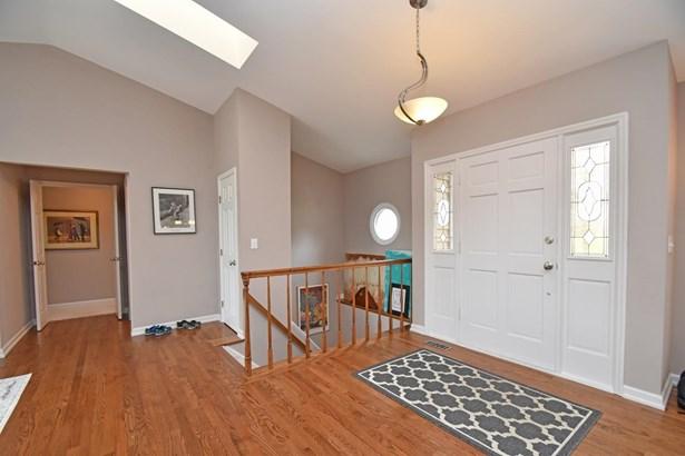 Single Family Residence, Ranch,Transitional - Cincinnati, OH (photo 2)