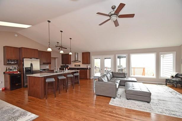 Single Family Residence, Ranch,Transitional - Cincinnati, OH (photo 4)