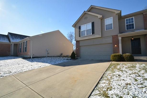 Single Family Residence, Traditional - Amelia, OH (photo 2)