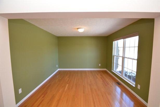 Single Family Residence, Traditional - Amelia, OH (photo 5)