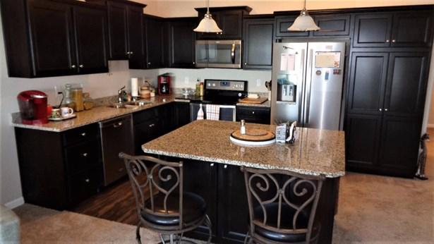 Condominium, Traditional,Ranch - Lawrenceburg, IN (photo 5)