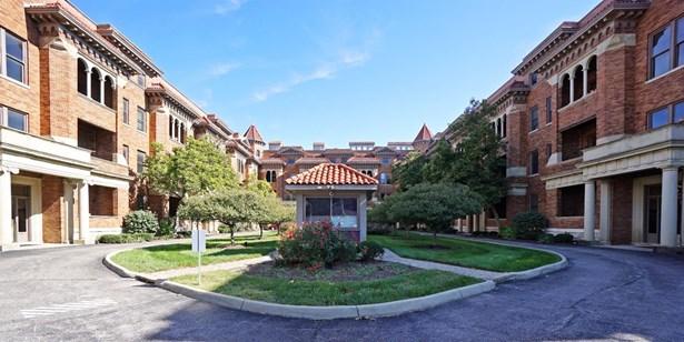 Condominium, Contemporary/Modern,Historical - Cincinnati, OH (photo 1)