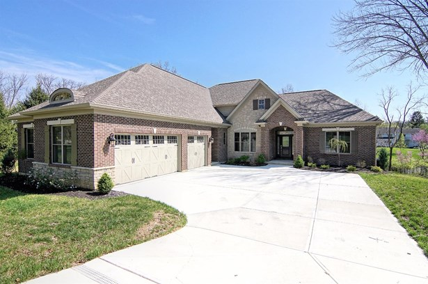 Single Family Residence, Ranch,Transitional - Montgomery, OH (photo 1)