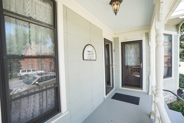 Single Family Residence, Victorian - Waynesville, OH (photo 3)