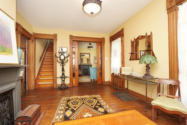 Single Family Residence, Victorian - Waynesville, OH (photo 5)