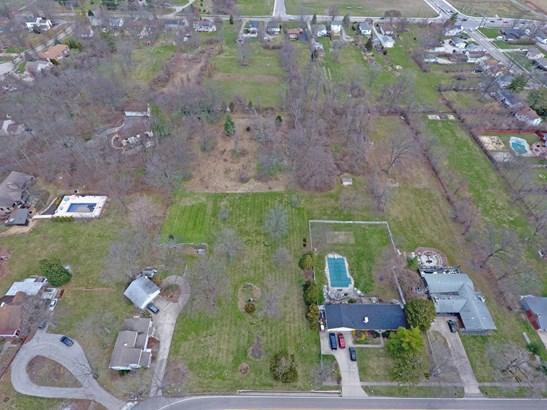 Single Family Residence, Craftsman/Bungalow - Glendale, OH (photo 3)