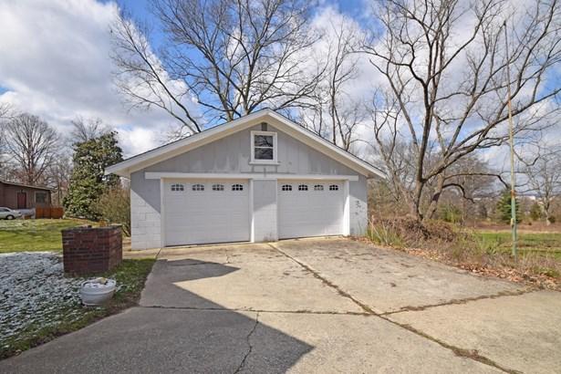 Single Family Residence, Craftsman/Bungalow - Glendale, OH (photo 5)
