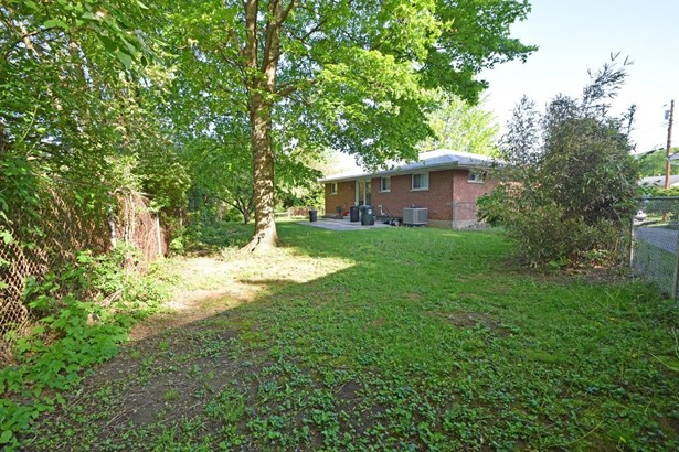 Single Family Residence, Ranch - Fairfax, OH (photo 3)