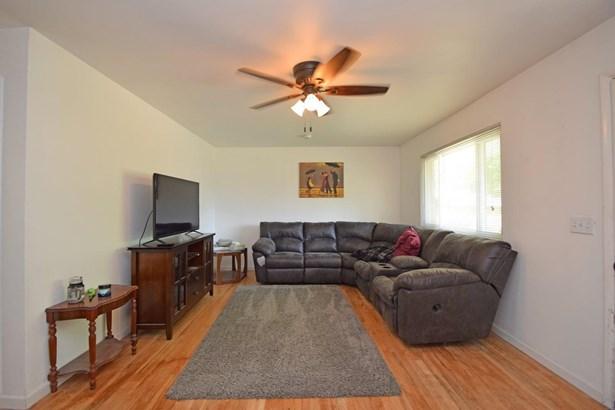 Single Family Residence, Ranch - Fairfax, OH (photo 5)