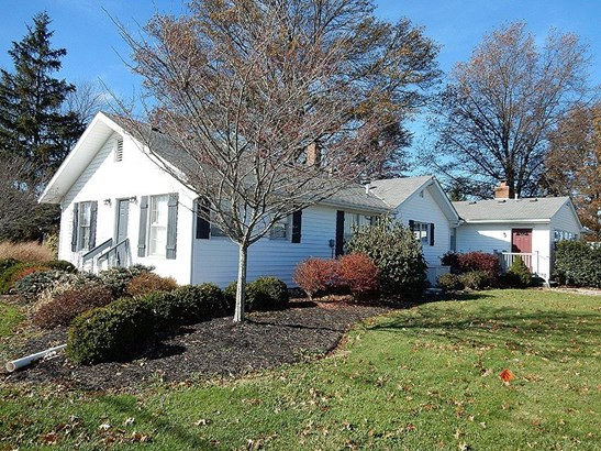 Single Family Residence, Ranch - Harlan Twp, OH (photo 1)
