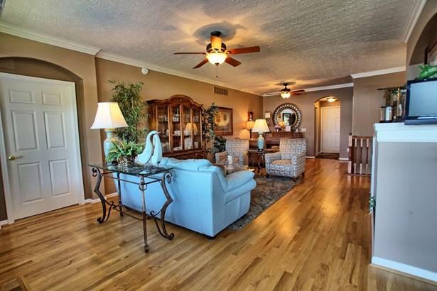 Condominium, Ranch - Maineville, OH (photo 3)